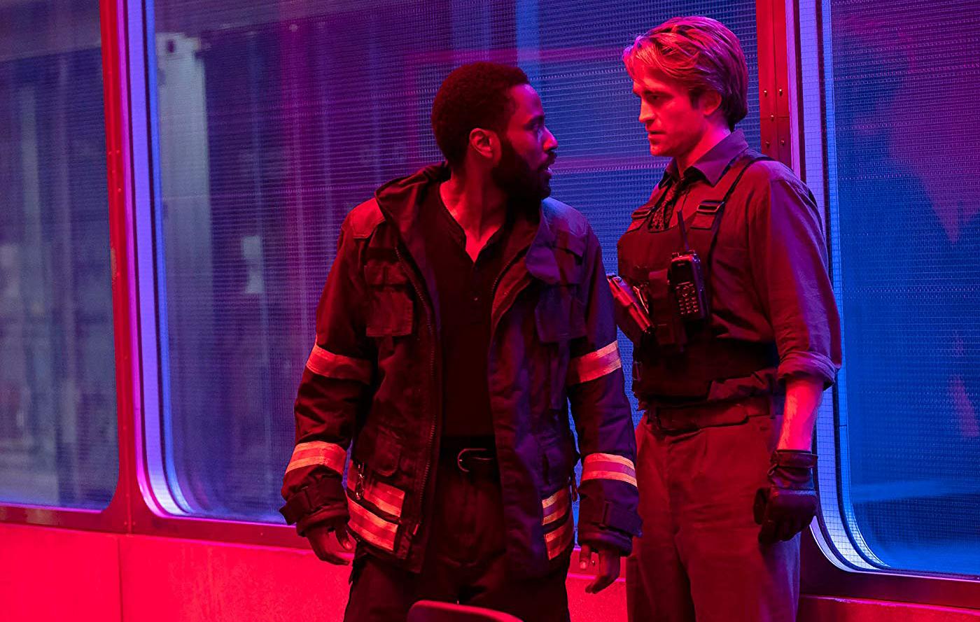 """Christopher Nolan hy vọng """"Tenet"""" có thể """"hồi sinh"""" các rạp chiếu phim -  Ragus"""